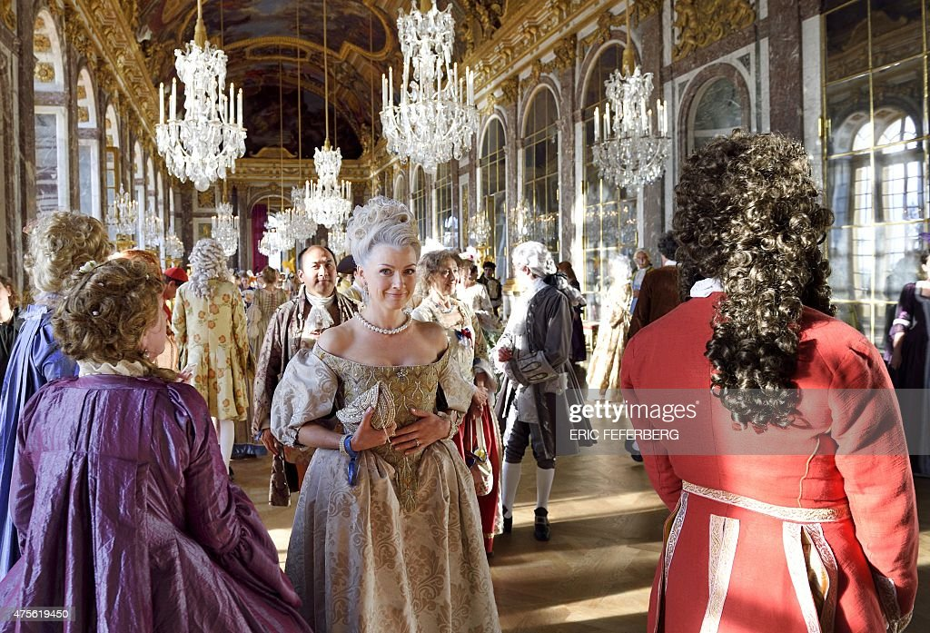 versailles women An analysis of the set-up to 'versailles' season 3 an analysis of the set-up to 'versailles' season 3 patricia andrade on globo women's epic 'the.