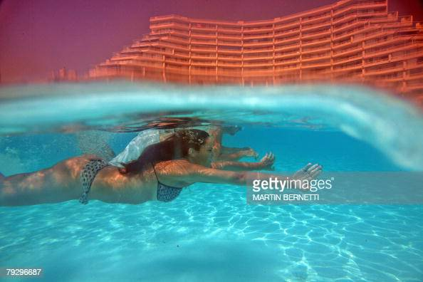 Algarrobo chile stock photos and pictures getty images for Largest swimming pool in the world in chile