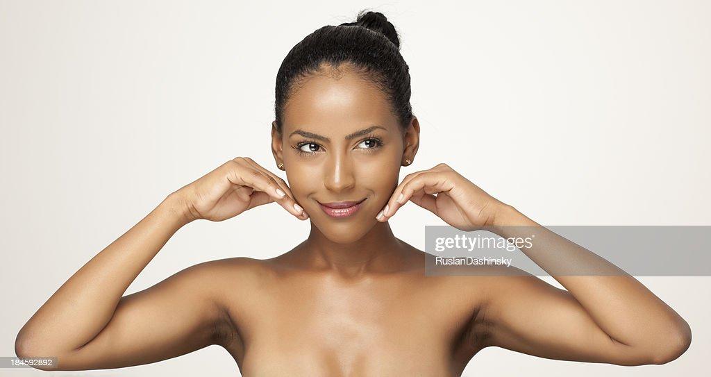 Sensación de su mujer piel suave. : Foto de stock
