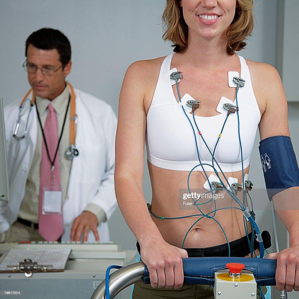 Stress Test Uk: Woman Getting Cardiovascular Stress Test Stock Photo