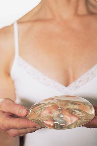 Augmentation mammaire photos et images de collection getty images - H et h brest ...