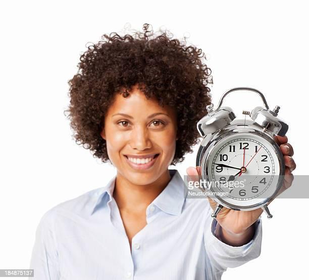 Frau Holding Up ein Wecker