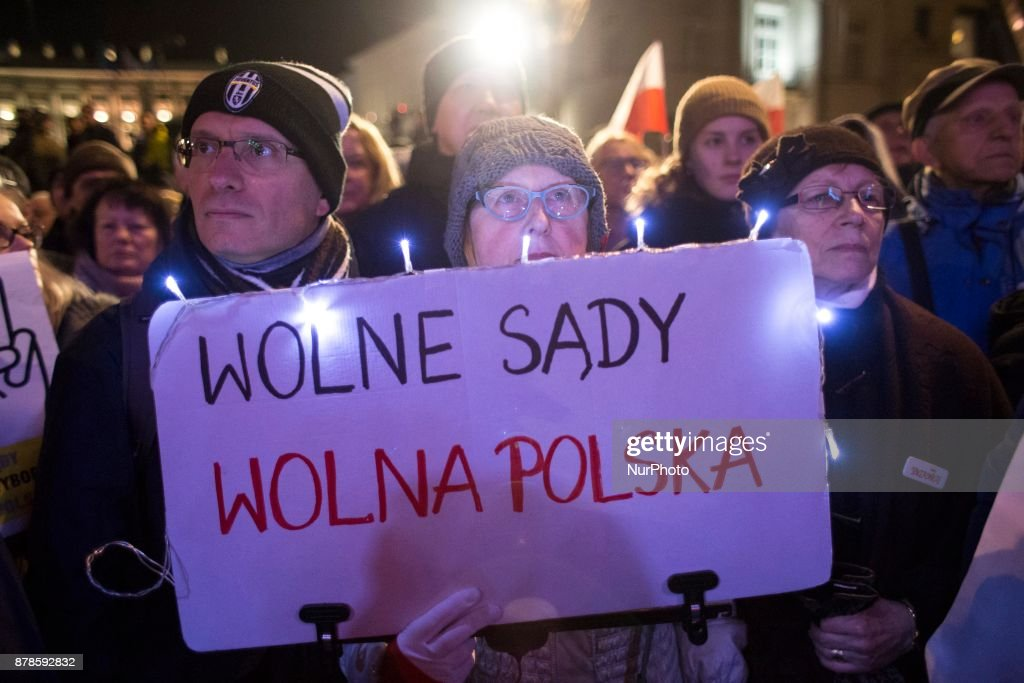 Poles strike against new Court's law