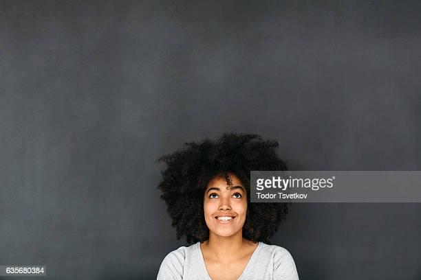 Femme devant Tableau noir
