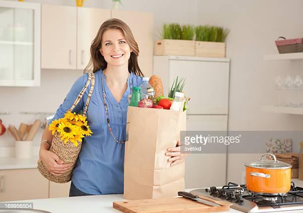 Frau in der Küche.