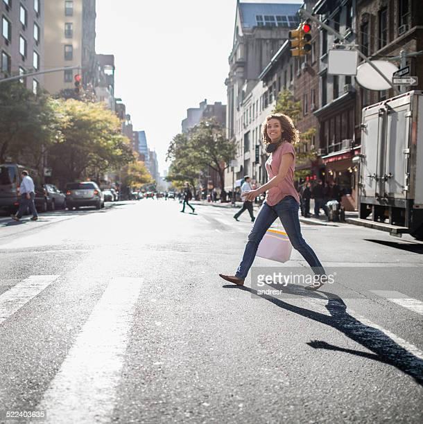 Donna nella città di New York