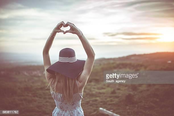 Femme amoureux de la nature