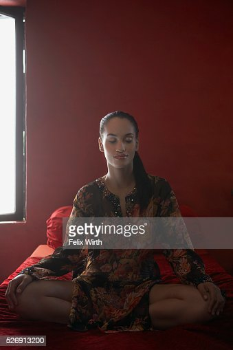 Woman meditating : Stock Photo