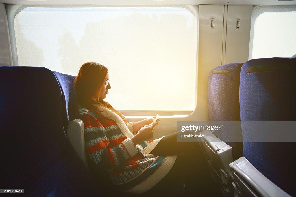 Frau im Zug : Stock-Foto