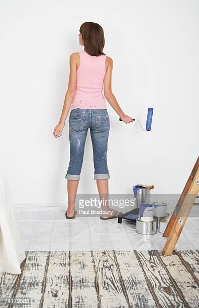 Frau malen Hause