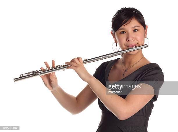 Femme jouant la flûte