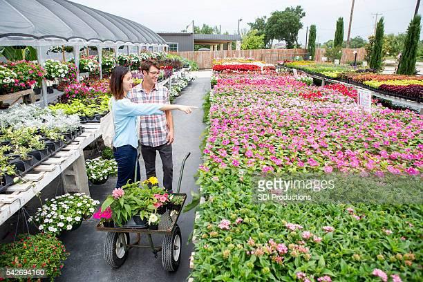 女性 ポイントに花の地元で養殖場