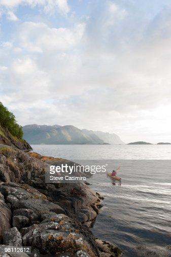 Woman Sea Kayaking : Foto de stock