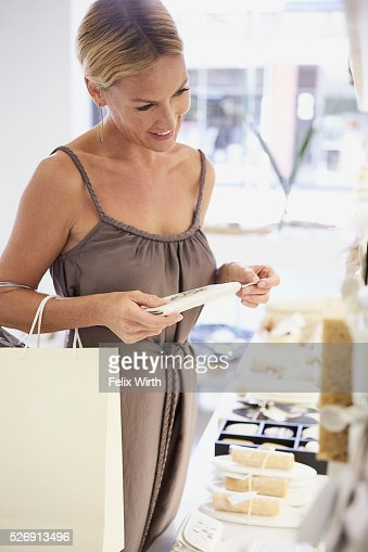 Woman shopping : Foto de stock