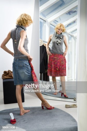 Woman Shopping Foto Stock Getty Images