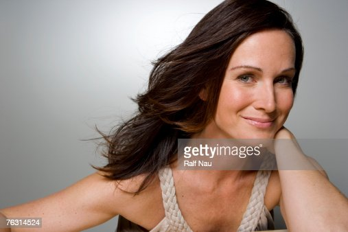 Woman smiling, portrait, close-up : Foto stock