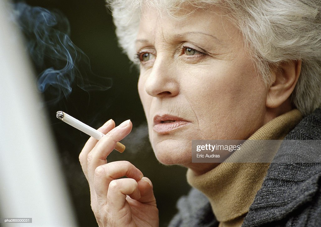 women smoking closeup actress - photo #15