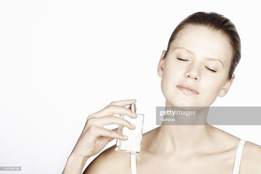 Perfume spraying