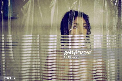 Woman take shower : Bildbanksbilder
