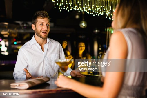dating female bartender 3 bartenders work hard for their money you won't be dating someone lazy 4 because bartenders depend on tips, your date will likely treat other people in the service industry well 5 bartenders are patient and aren't easily fazed they remain calm around obnoxious behavior on a nightly basis 6.