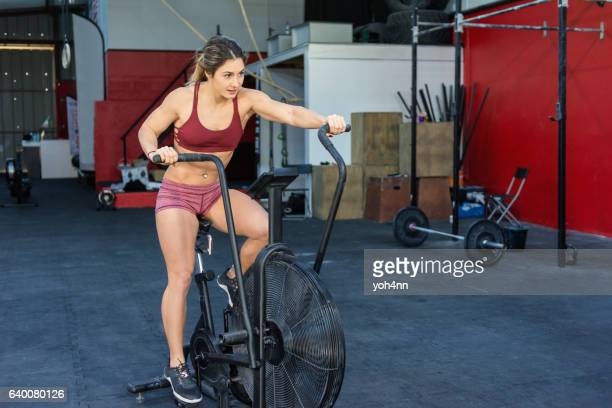 Woman training at gym !