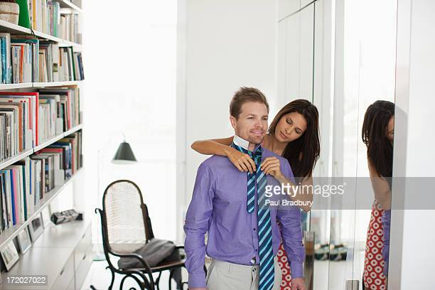 Marido mulher Amarrar a Gravata para o mesmo '