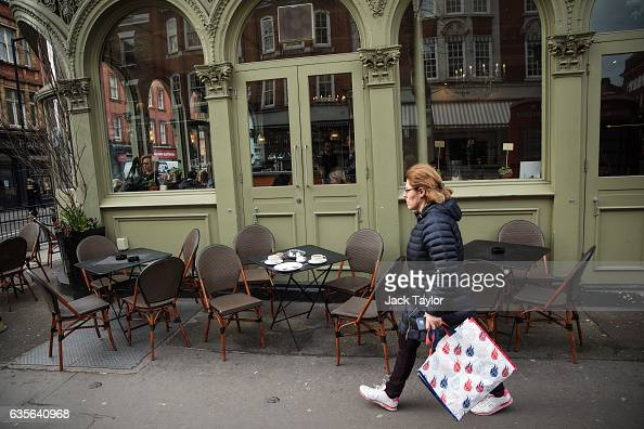 A woman walks past a restaurant in Marylebone on February 16 2017 in London England The Association for Licensed Multiple Retailers have written to...