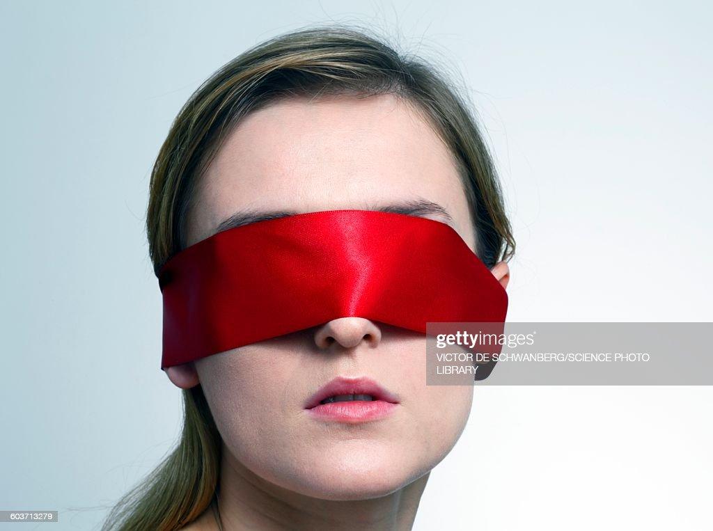 Blindfold multiple facial