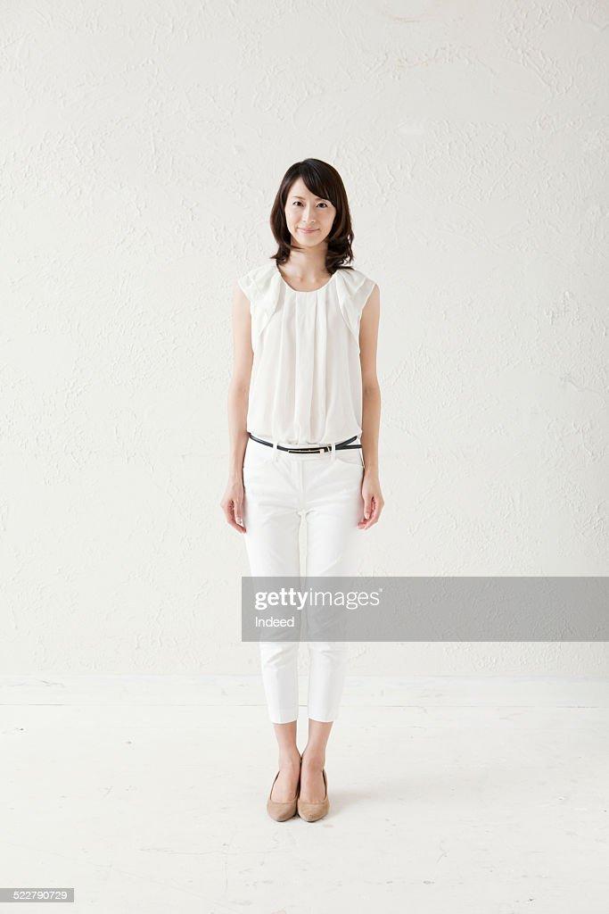 A woman who makes a pose