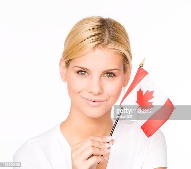 Mulher com a Bandeira do Canadá