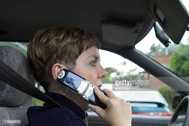 Frau mit cellphone#1