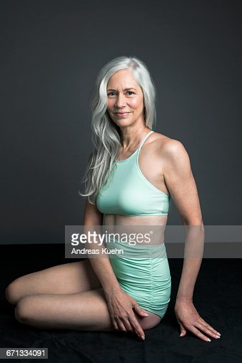 Sexy Older Women Bathing Suit Foto e immagini stock ...