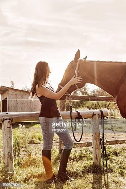 女性と彼女の馬