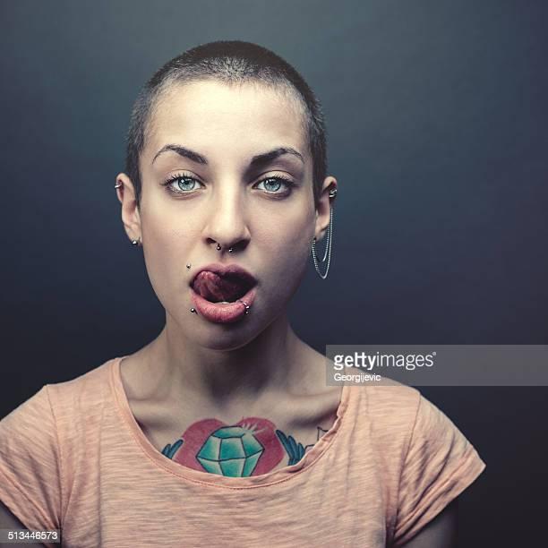 Femme avec Tatouage