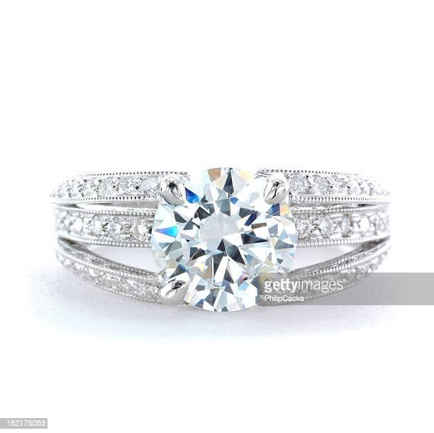 Femme et Bague de mariage Platine Diamond