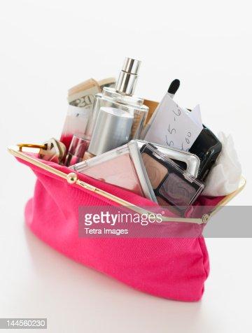 Woman's purse overflowing