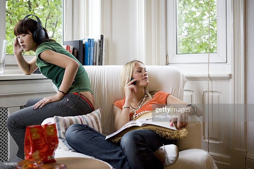 Women chilling out : Stock Photo