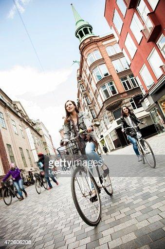 Women cycling in Copenhagen