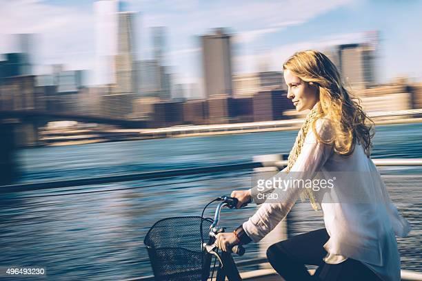 Frau Radfahren in New York City