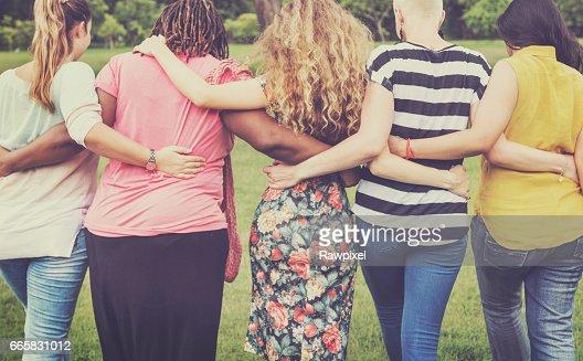 女性女性フェミニズム女性マダムの友人概念 : ストックフォト