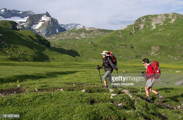 2 women hiking in Swiss Alps