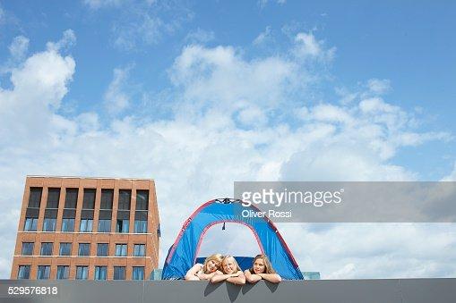 Women in a Tent : Stock-Foto