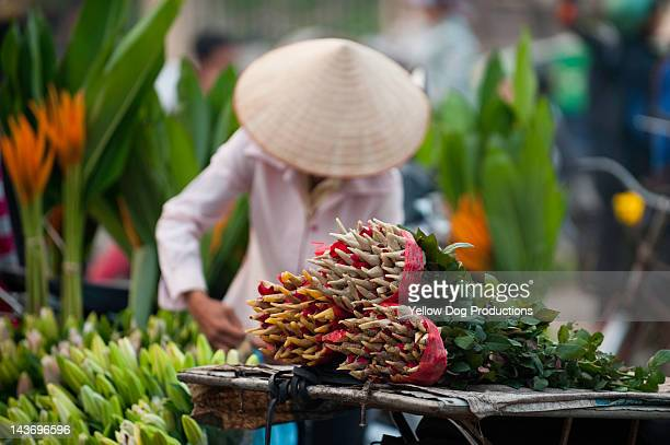 Women in Hanoi flower market