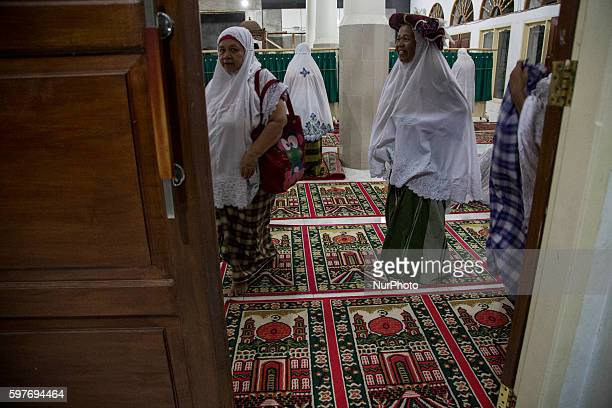 Women in Padang West Sumatra Indonesia on 29 August 2016 The latest official estimate for January 2014 shows a population of 5790 West Sumatra is...