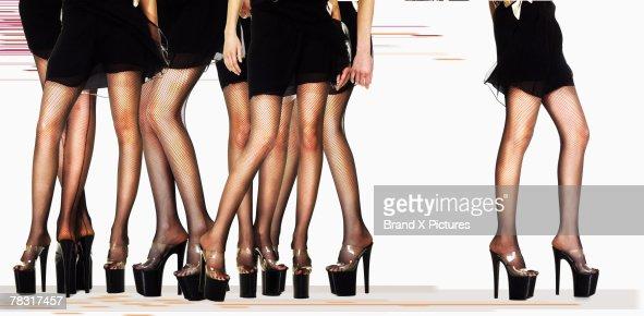 Women in platform shoes : Bildbanksbilder