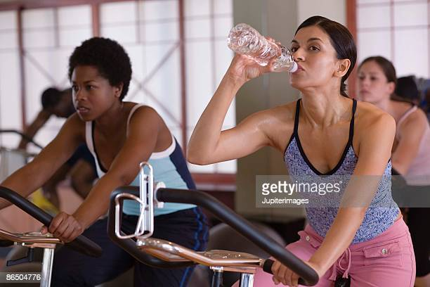 Women in spin class