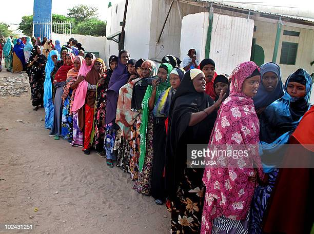 Women queue to vote on June 26 2010 in Hargeisa the capital of the selfproclaimed state of Somaliland that closed its borders for the presidential...