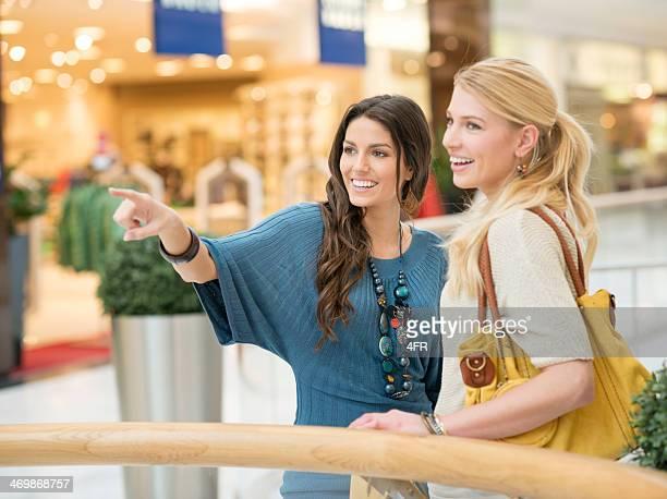 Frauen kaufen