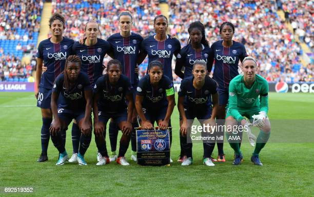 PSG women team group photo during the UEFA Women's Champions League Final match between Lyon and Paris Saint Germain at Cardiff City Stadium on June...