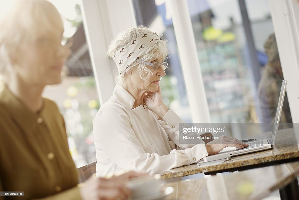 women using technology : Stock Photo